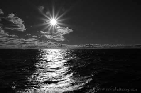 MM33 Bass Strait Sunrise