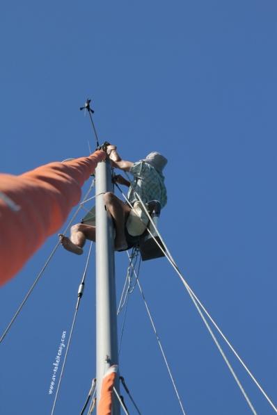 Up the mast with Hocus Pocus