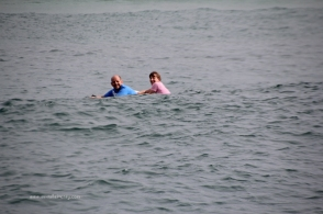 Chris and Michelle paddle back to Broulee from TIE