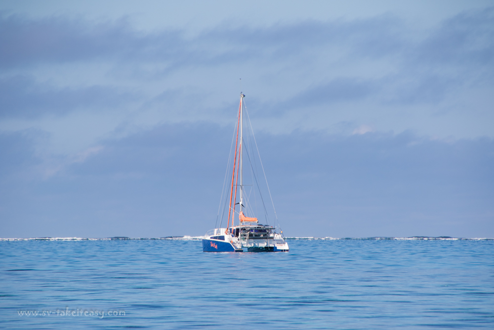 Take It Easy anchored at Lady Musgrave