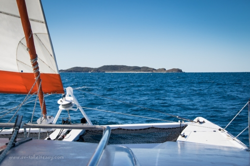 Sailing to Humpy Island-1