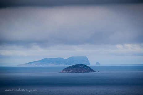 East Moncoeur and Curtis Islands, Bass Strait