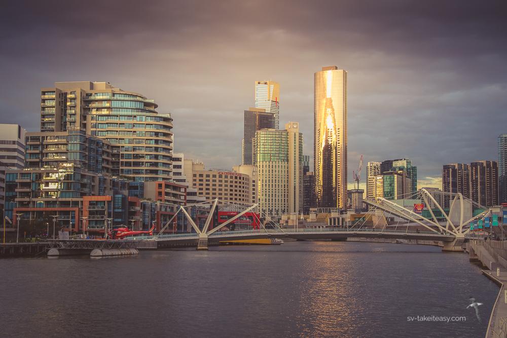 Melbourne cityskape