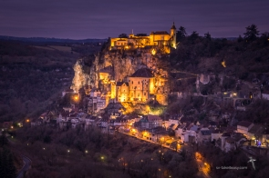 Rocamadour lit up at night