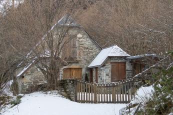 Typical Pyrénées architecture