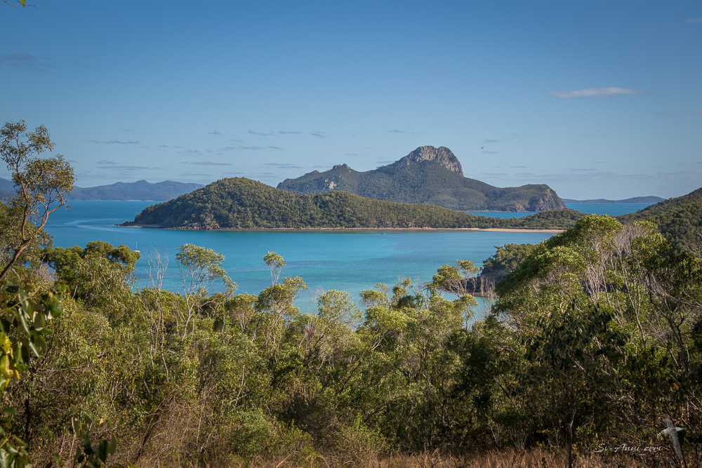 Little Lindeman and Pentecost Islands